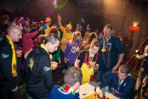 Feestavond in de feestzaal bij Paintball Hillegom